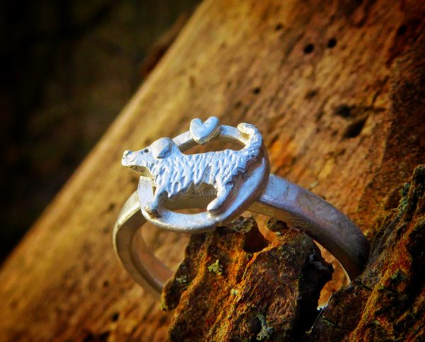 Handmade 925 silver dog and love heart ring.