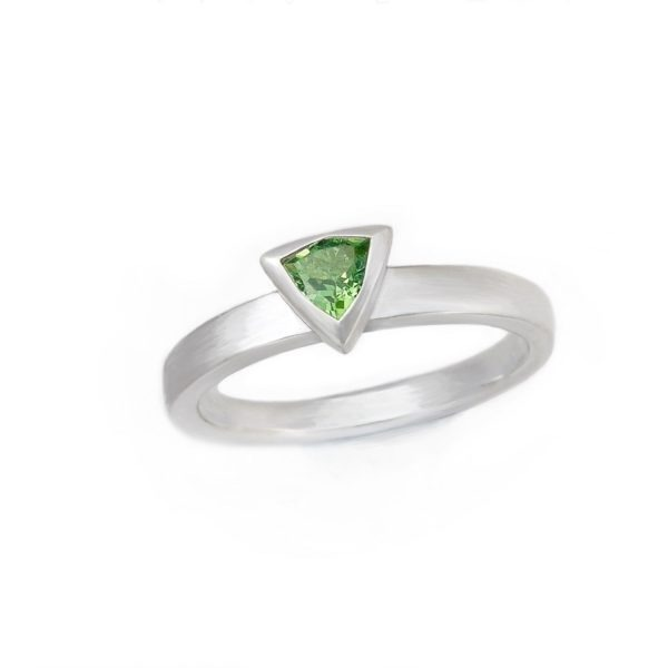 Triangular silver ring set with tsavorite